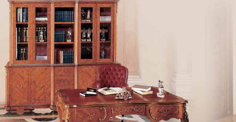 Коллекция Borromini Стол письменный Арт. 9663 Размеры: Ш 204 Г 105 В 84 Вращающееся кресло Арт. 13663 Размеры: Ш 80 Г 85 В 105 Книжный шкаф Арт. 9662 Размеры: Ш 240 Г 55 В 219