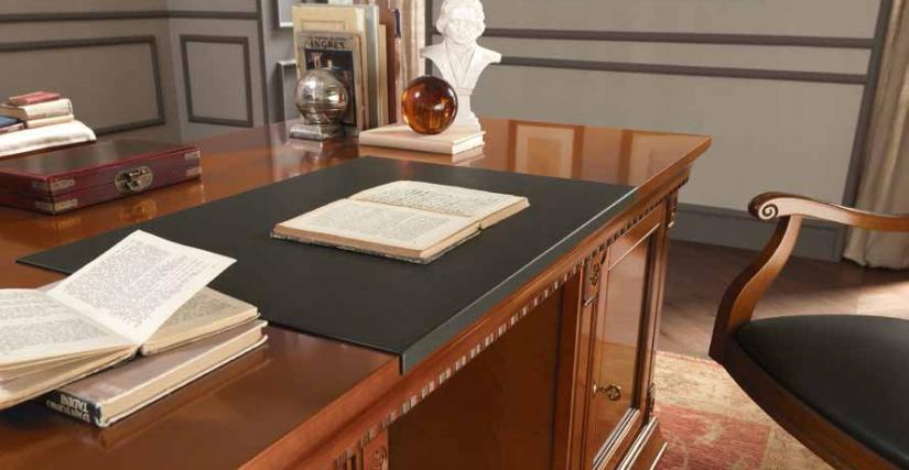 Панель накладная из экокожи для стола письменного. 70х50х2