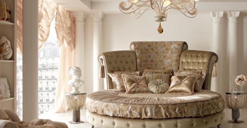 Кровать  Queen Размеры: L. 265 P. 297 H. 172