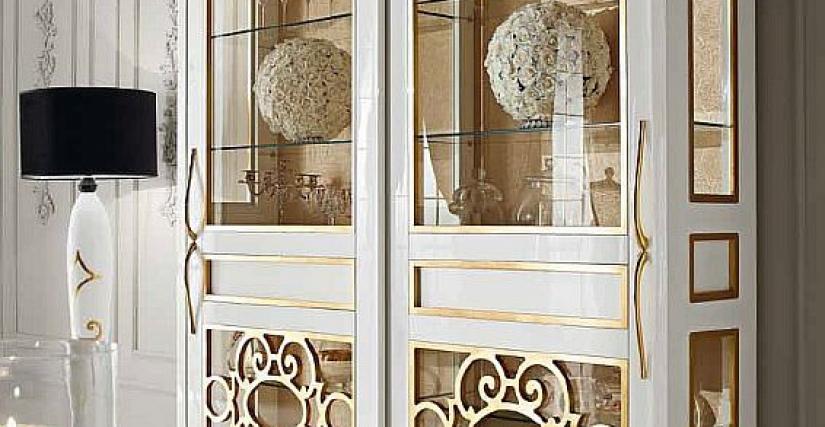 2-х дверная витрина 002. Размеры: 224ы51ы230h cm.