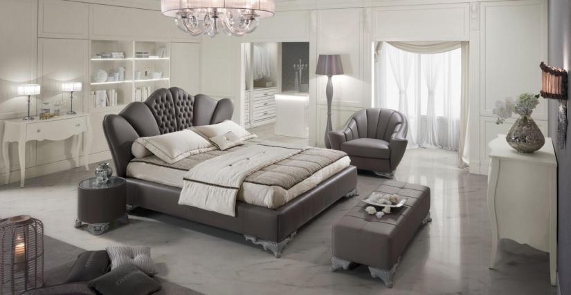 Кровать Airone capitonnè Размеры: Ш 247 Г 246 В 135