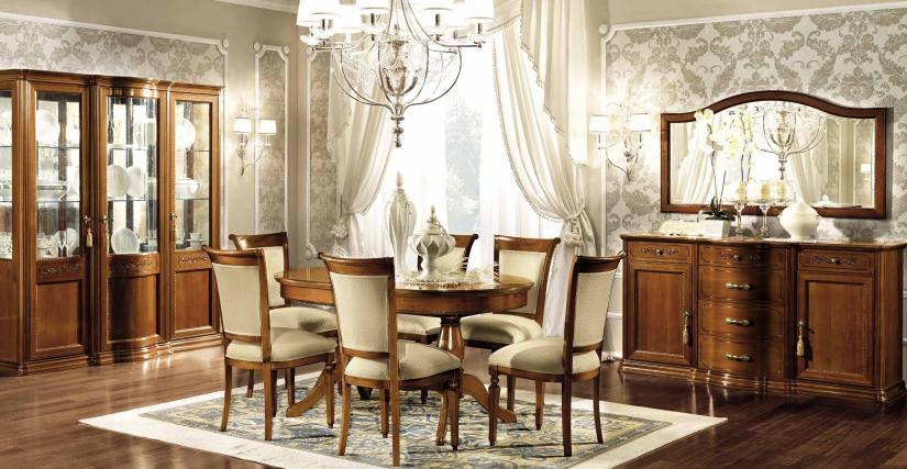 3-дверная витрина с зеркальной стенкой Размеры: Ш.191 Г.56 В.208  Обеденный раздвижной овальный стол с 2 вставкками Размеры: Ш.160/198/236 Г.100 В.80  Трёхдверный комод c ящиками Размеры: Ш.188 Г.55 В.97 Зеркало Размеры: Ш.160 Г.3 В.87