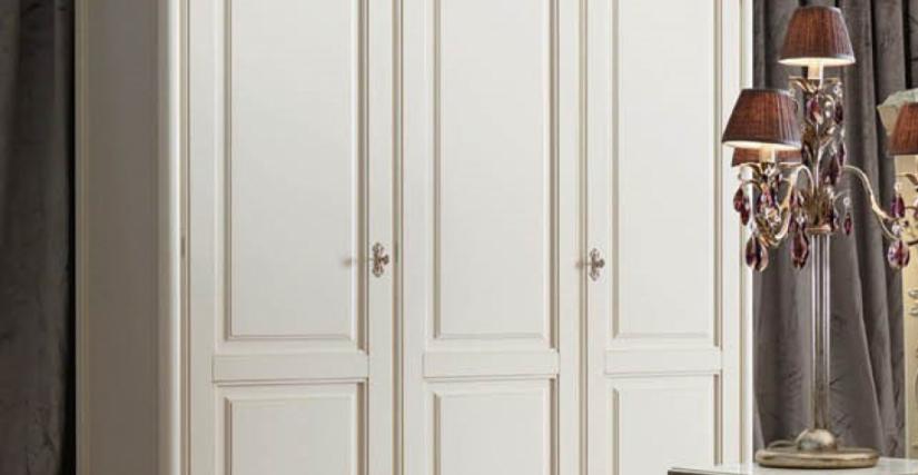Шкаф 3-х дверный Арт. 2243 BP Размеры: Ш 184 Г 61 В 226