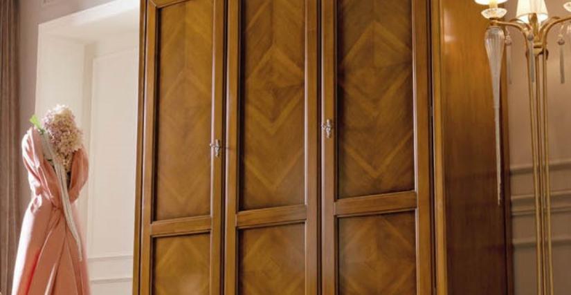 Шкаф 3-х дверный Арт. 2217 F Размеры: Ш 182 Г 61 В 219