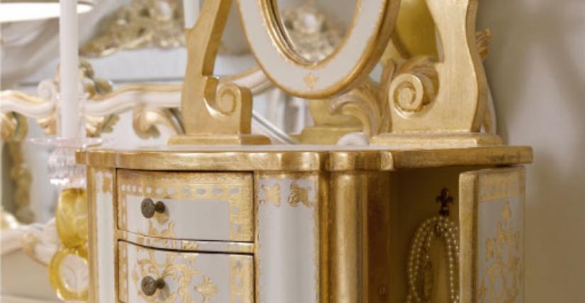 • 802 Поставка для ювелирных украшения (L01) cm. 43 x 25 x 54 h.