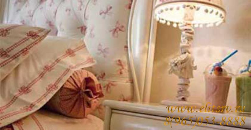 Изголовье Botero Арт. 5007/M Размер: Ш 135 Г 4 В 158 Тумба прикроватная Botero Арт. 2618 Размеры: Ш 50 Г 40 В 63 Ночная лампа Capri Арт. 2280 Размеры: O 25 В 50