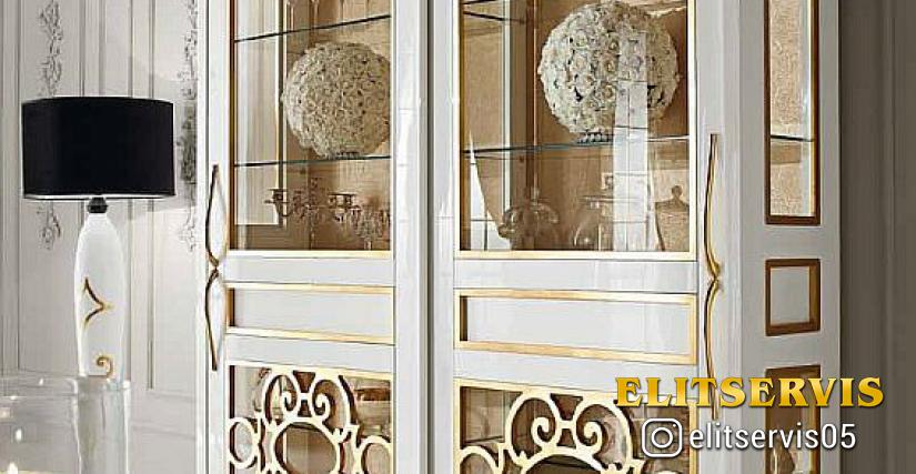 2-х дверная витрина 002