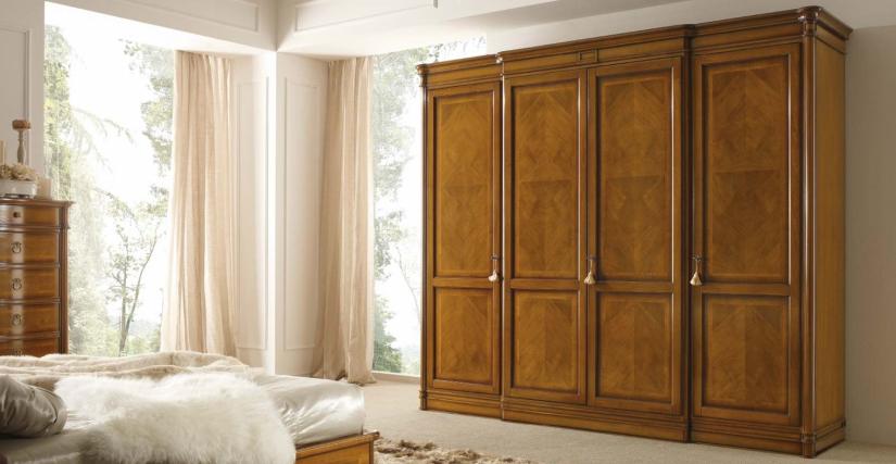 Шкаф 4-х дверный с внутренними зеркалами Арт. 101 Размеры: Ш 290 Г 67 В 250
