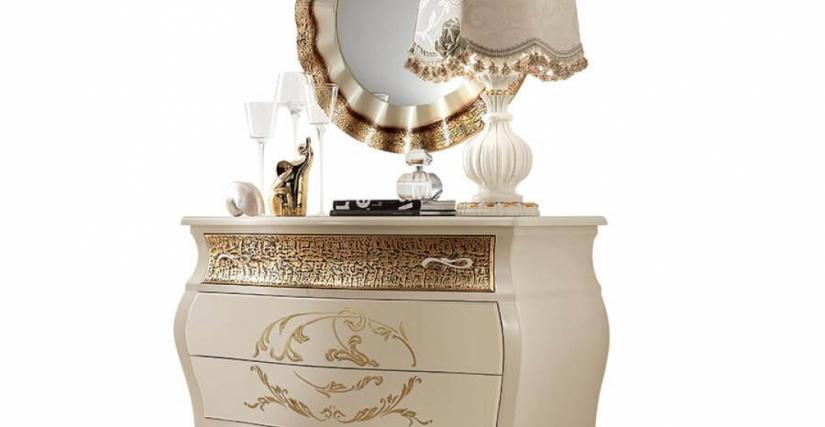 Комод Арт. 313/O Размеры: Ш 130 Г 57 В 88 Зеркало Арт. 315/O Размеры: Д 87 Настольная лампа Арт. 820/OC Размеры: В 76