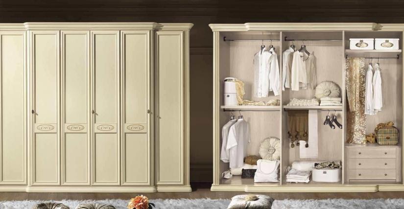 Шестидверный шкаф  Размеры: Ш.295 Г.70 В.240