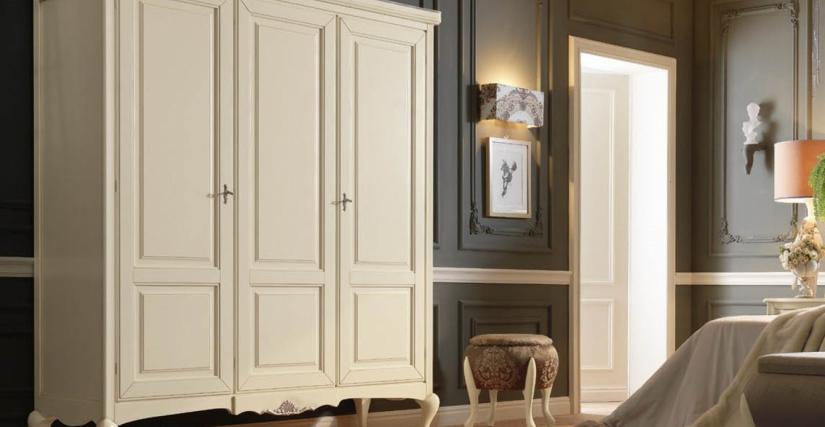 Шкаф 3-х дверный  Размеры: Ш 182 Г 61 В 219