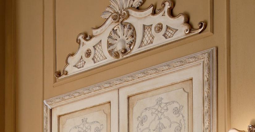 • 1130 декоративный элемент над дверью (L41) cm. 111 x 39 h.